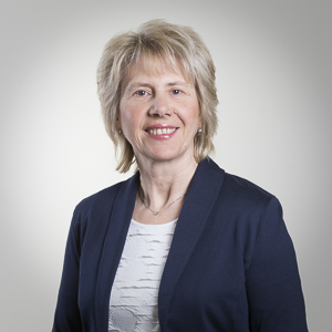Claudia Hackbart